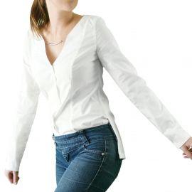 Minimalistisches weißes Hemd
